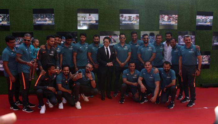 সচিনের বায়োপিকের গ্র্যান্ড প্রিমিয়রে ভারতীয় ক্রিকেটাররা