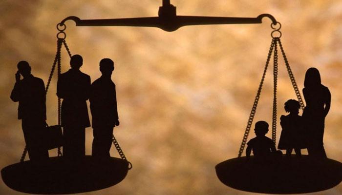 সুপ্রিম কোর্টে জনস্বার্থ মামলা করে ১ লক্ষ টাকা জরিমানার সম্মুখীন আইনজীবী