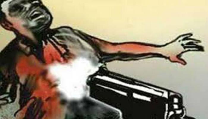 বাড়ি ঢুকে ব্যবসায়ীকে গুলি করে খুন, নাম জড়াল তৃণমূল নেতার