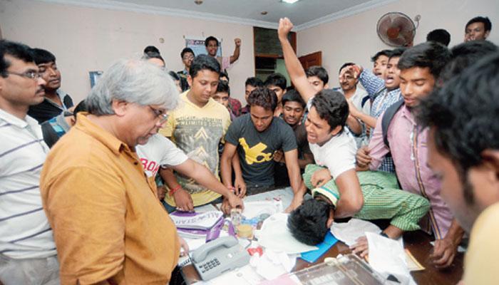 TMCP-র দুই গোষ্ঠীর সংঘর্ষ, জয়পুরিয়া কলেজে ধুন্ধুমার
