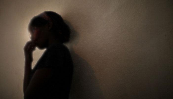 বাবার লালসার শিকার মেয়ে, ১০ মাস ধরে একটানা ধর্ষণে অন্তঃসত্ত্বা কিশোরী