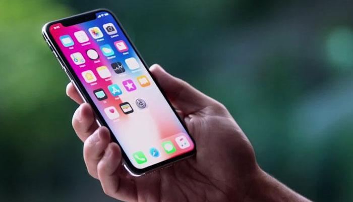 অস্বাভাবিক কম দামে iPhone x দিচ্ছে রিলায়েন্স জিও!