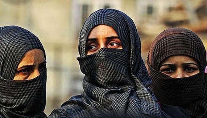 তিন তালাক নিষিদ্ধ করতে আইন আনার তোড়জোড় শুরু করল মোদী সরকার