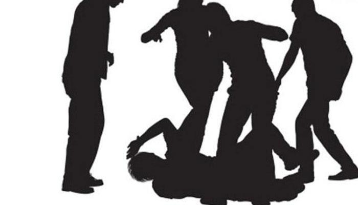 মাদক দ্রব্য বিক্রির প্রতিবাদ, অভিযুক্তরা ইট দিয়ে মাথা থেঁতলে দিল ছাত্রের