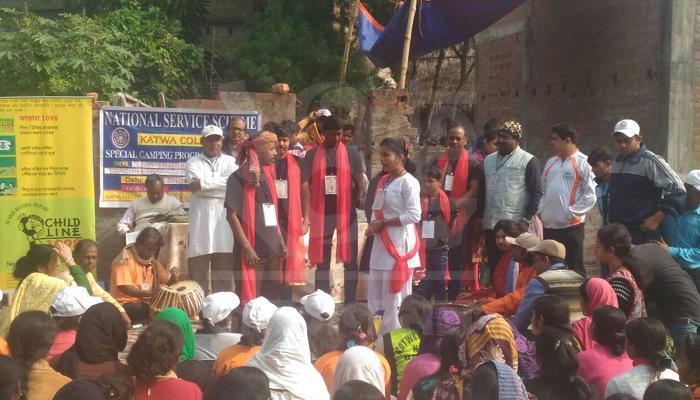 বাল্য বিবাহ বন্ধ করতে 'নাটক' কাটোয়ায়