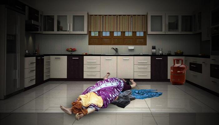রান্নাঘরে পড়ে দেহ, বন্ধ ফ্ল্যাটে 'ফিল্মি কায়দায়' খুন সরকারি মহিলা অফিসার