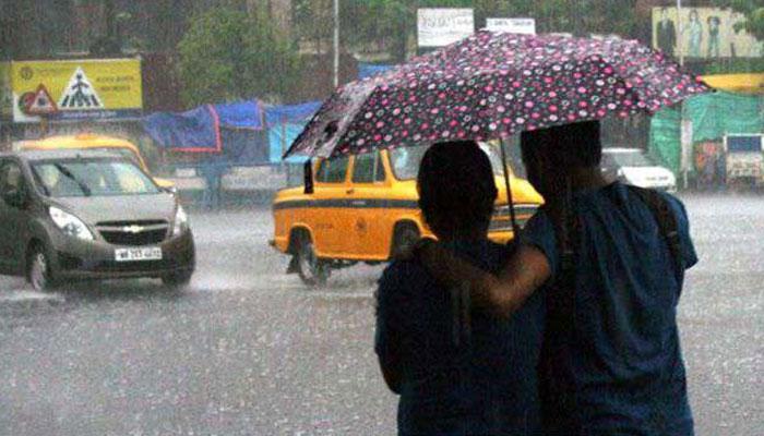 দাবদাহে নাকাল কলকাতা-শহরতলিতে বৃষ্টি
