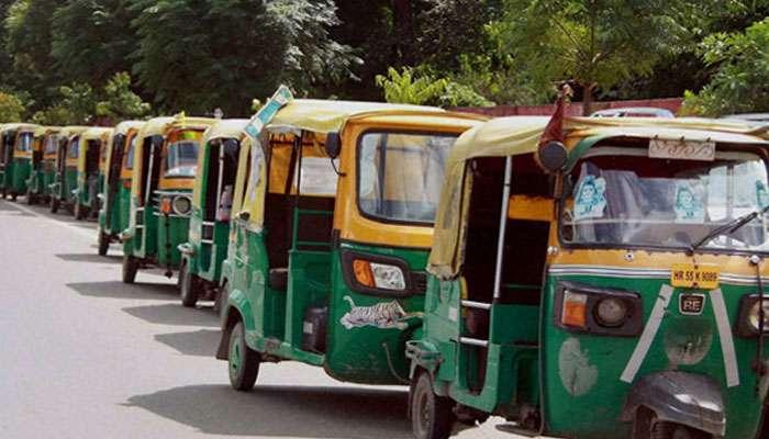 দোকানের শেডে বিশ্বকর্মা পুজো ব্যাহত, বন্ধ  টালিগঞ্জ -বেহালা তারাতলা রুটে অটো