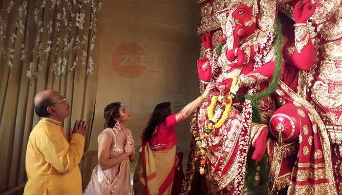 মন্ত্রী সাধন পান্ডের বাড়ির গণেশ পুজো, দেখুন ছবিতে