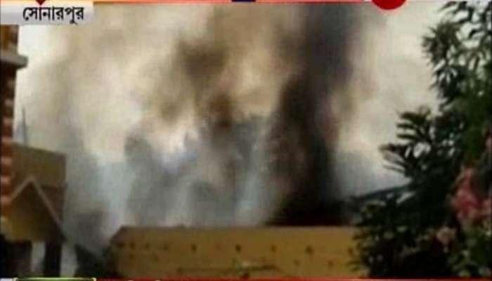 সোনারপুরে বেআইনি বাজি কারখানায় বিধ্বংসী আগুন, মৃত্যু শ্রমিকের