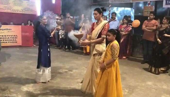পুজোয় ভাইরাল সুস্মিতা সেনের ধুনুচি নাচ, দেখেছেন কি?