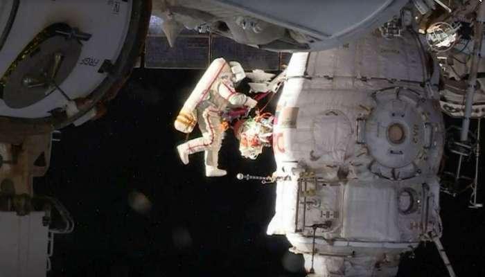 রহস্যের সমাধানে ৭ঘণ্টা ধরে মহাকাশে বিচরণ করলেন রাশিয়ার মহাকাশচারীরা